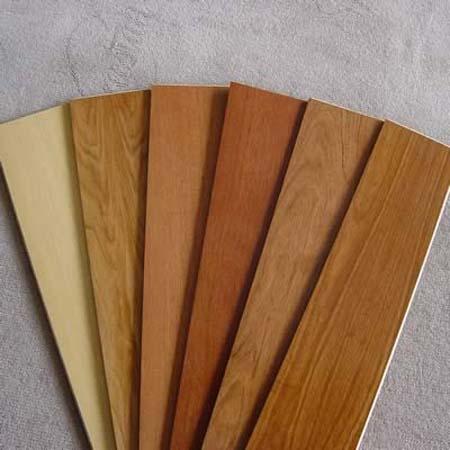 Pisos laminados pranchados cia for Piso laminado de madera